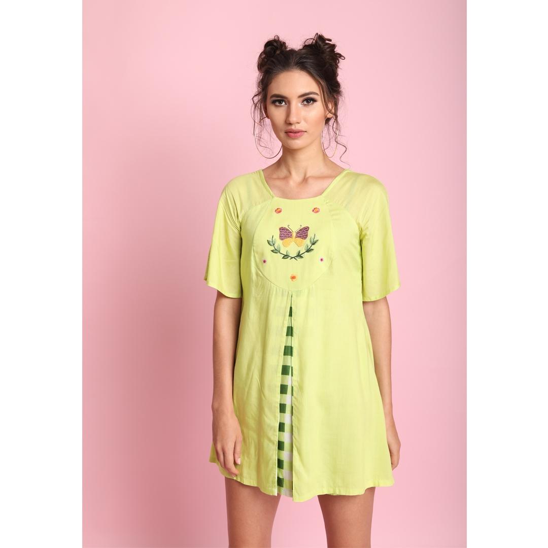 Lime Box pleate front yoke emb short dress