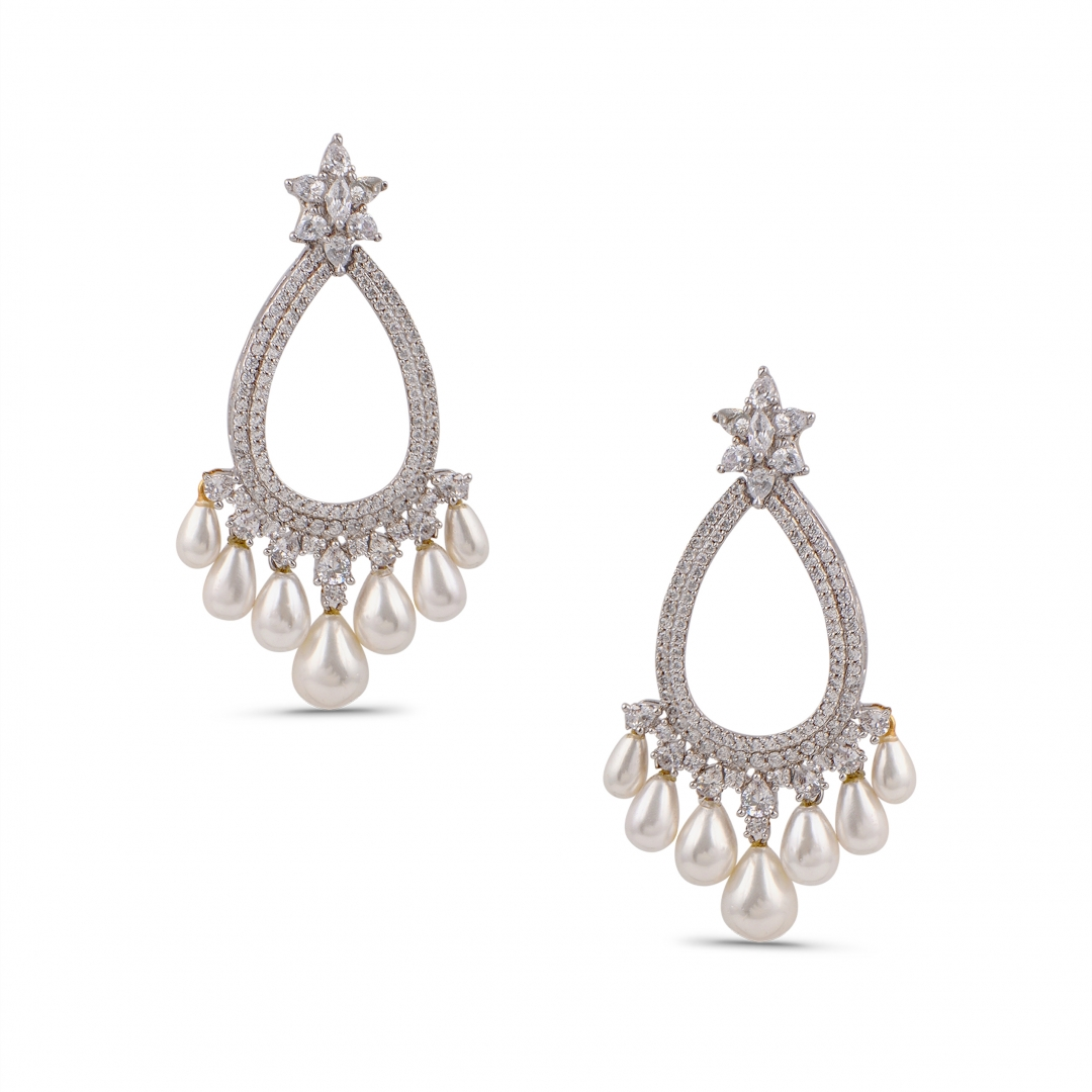 Silver finish Classic Pearls Earrings