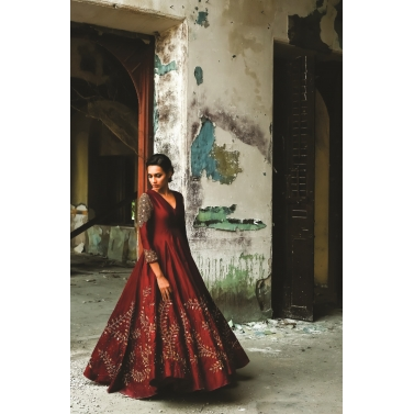 designer-womens-wear/sequin-embedded-rawsilk-gown