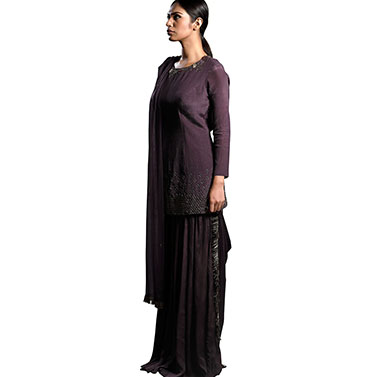 designer-womens-wear/short-fitted-kurta-pallazo