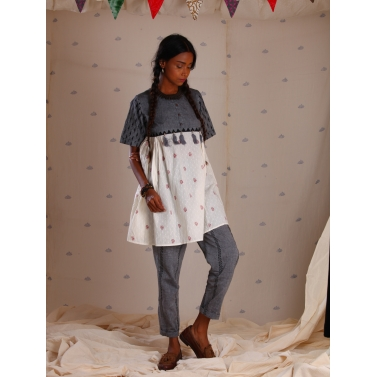 Grey and white mangalgiri block printed tunic