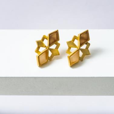 kite shaped jhalak earrings 1