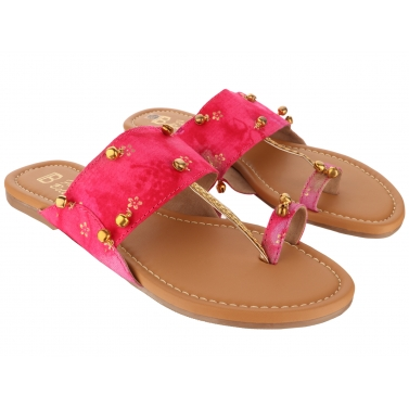 designer-womens-wear/pink-ghungroo-chappal
