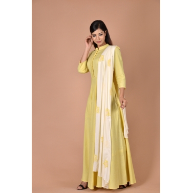 yellow gown with dupatta having flower print