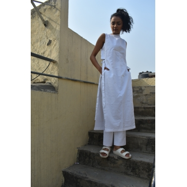 Side Knot White Kurta