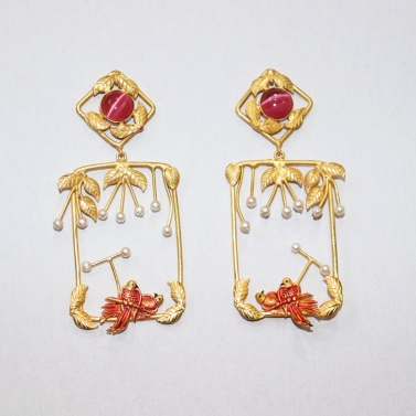 designer-womens-wear/its-raining-pearls-with-leaves-birds-of-paradise-earrings