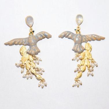 designer-womens-wear/monotone-winged-birds-of-paradise-earrings