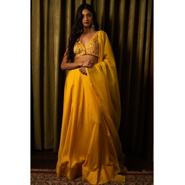 designer-womens-wear/yellow-lehenga-set