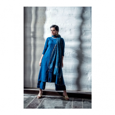 Blue Malai Matka Set With Checks Thread Work Dupatta