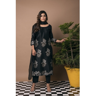 Ganga Jamuna Floral Black Straight Suit