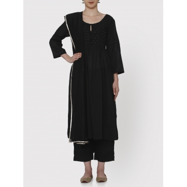 nayanika black pleated tunic and pants set