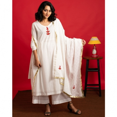 Ivory Hand Embroidered Flared kurta set with embroidered dupatta