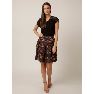 PAKHI BOX PLEAT SKIRT - FLORAL DABU