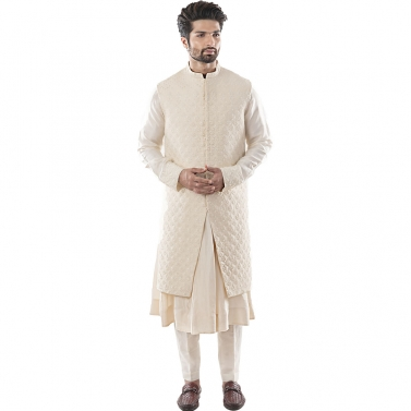 Cream Long Line Bandi with Overall Zardozi Embroidery in Silk threads and Pearls. Paired With An Ana