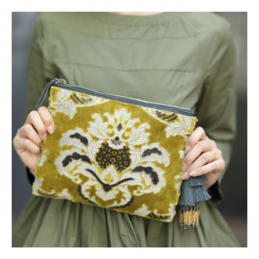 designer-womens-wear/maharaja-clutch