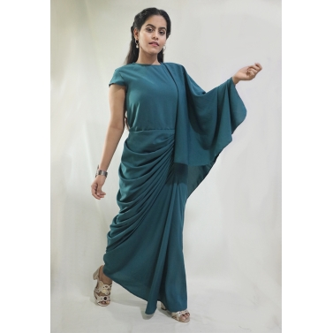 A Green Dhoti Drape with An attached dupatta