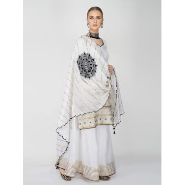 designer-womens-wear/designer-salwar-kameez/white-chanderi-sharara-set