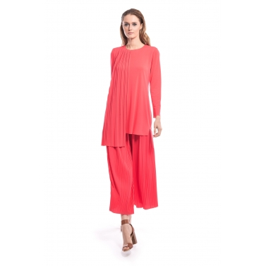 Pink Pleated Tunic And Plazzo Set.
