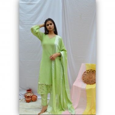 Green Embroidred Double Layer Suit Set