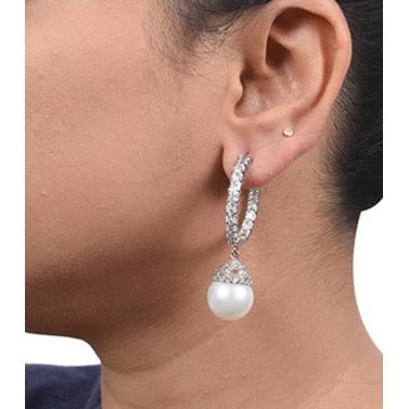 PRINCESS CUT DIAMONDS BIG HOOPS WITH WHITE PEARL DROP