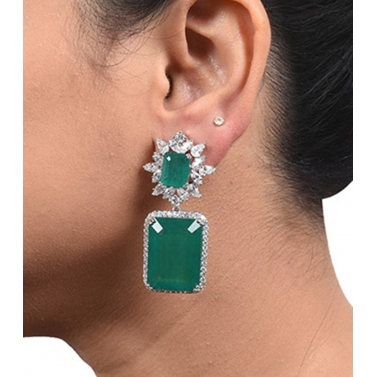 EMERALD AND DIAMOND CLUSTER TOP WITH BIG EMERALD SQUARE DROP