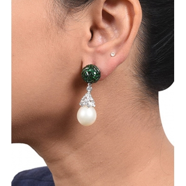 designer-womens-wear/emerald-invisble-setting-top-with-cultured-pearl-drop