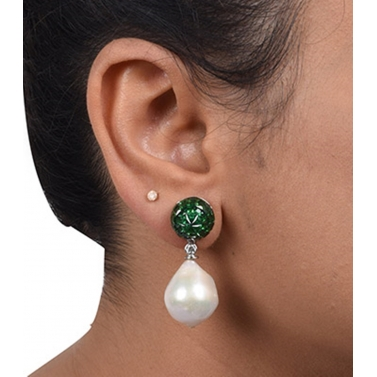 designer-womens-wear/designer-earrings-ear-cuff-designs/emerald-top-in-invisible-setting-with-baroque-pearl-drop