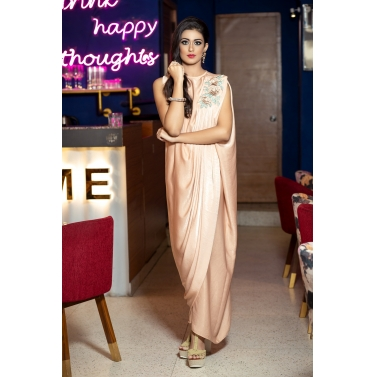 DRAPE GOWN WITH 3D EMBROIDERY MOTIF