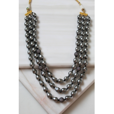 Grey Pearl Begum Necklace