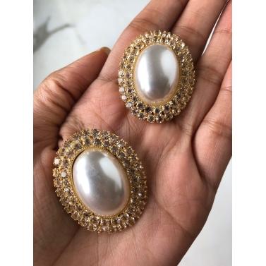 Yellow Gold Diana Pearl Earrings