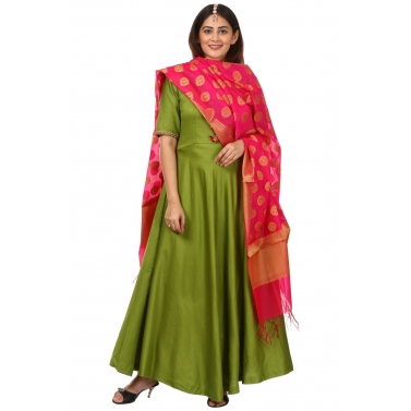 Green Floor Length Kurti with Pink Banarsi Dupatta