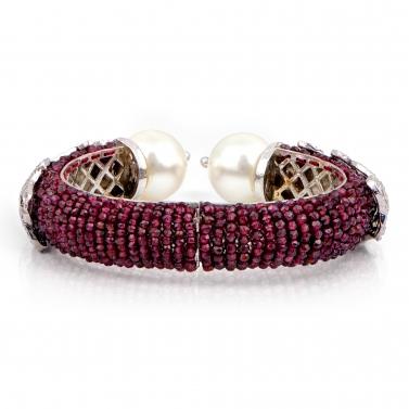 Intricate pearl maroon bracelet