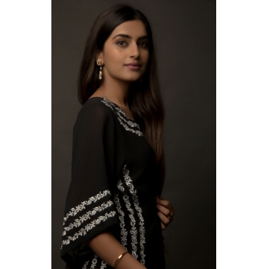 JASMINE BAINS BLACK EMBROIDERED SILK GEORGETTE KAFTAN -2.jpg