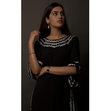 JASMINE BAINS BLACK EMBROIDERED SILK GEORGETTE KAFTAN -3.jpg