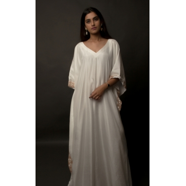 White Silk Embellished Kaftan1
