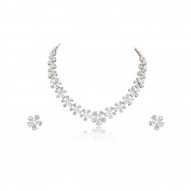 Flower solitare necklace set-plain white