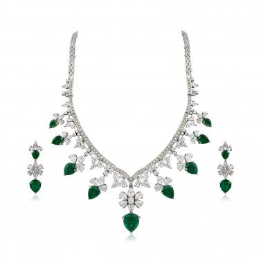Emerald Swarovski Necklace Set