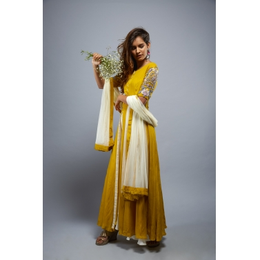 designer-womens-wear/mustard-beauty